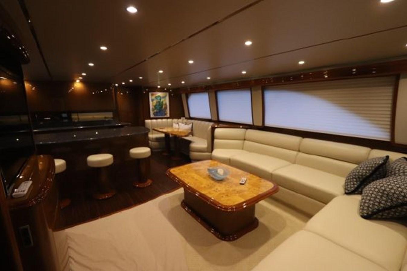 5479666_20190321074928092_1_XLARGE 2011 VIKING  Motor Yacht 2897393