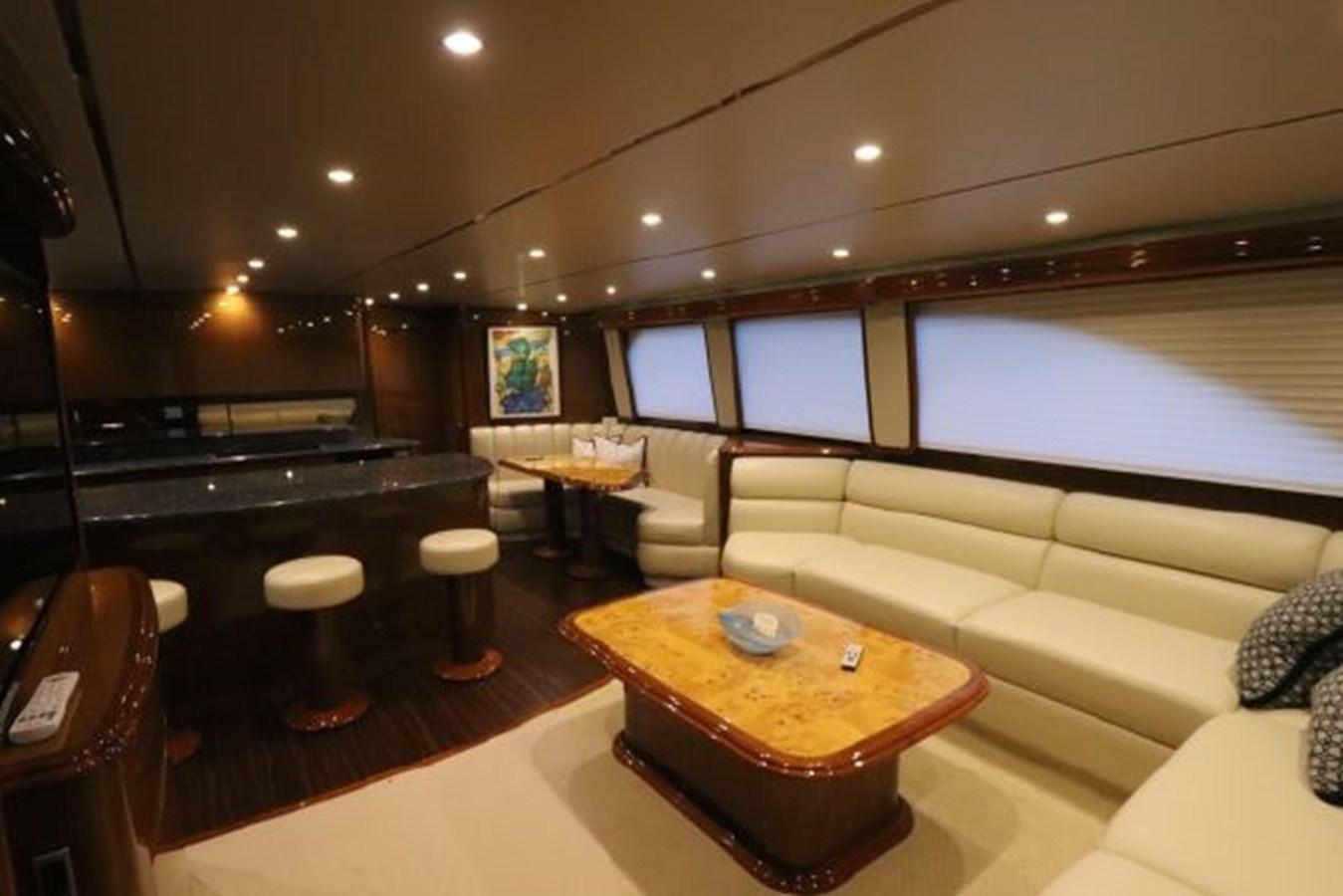 5479666_20190321074930094_1_XLARGE 2011 VIKING  Motor Yacht 2897394