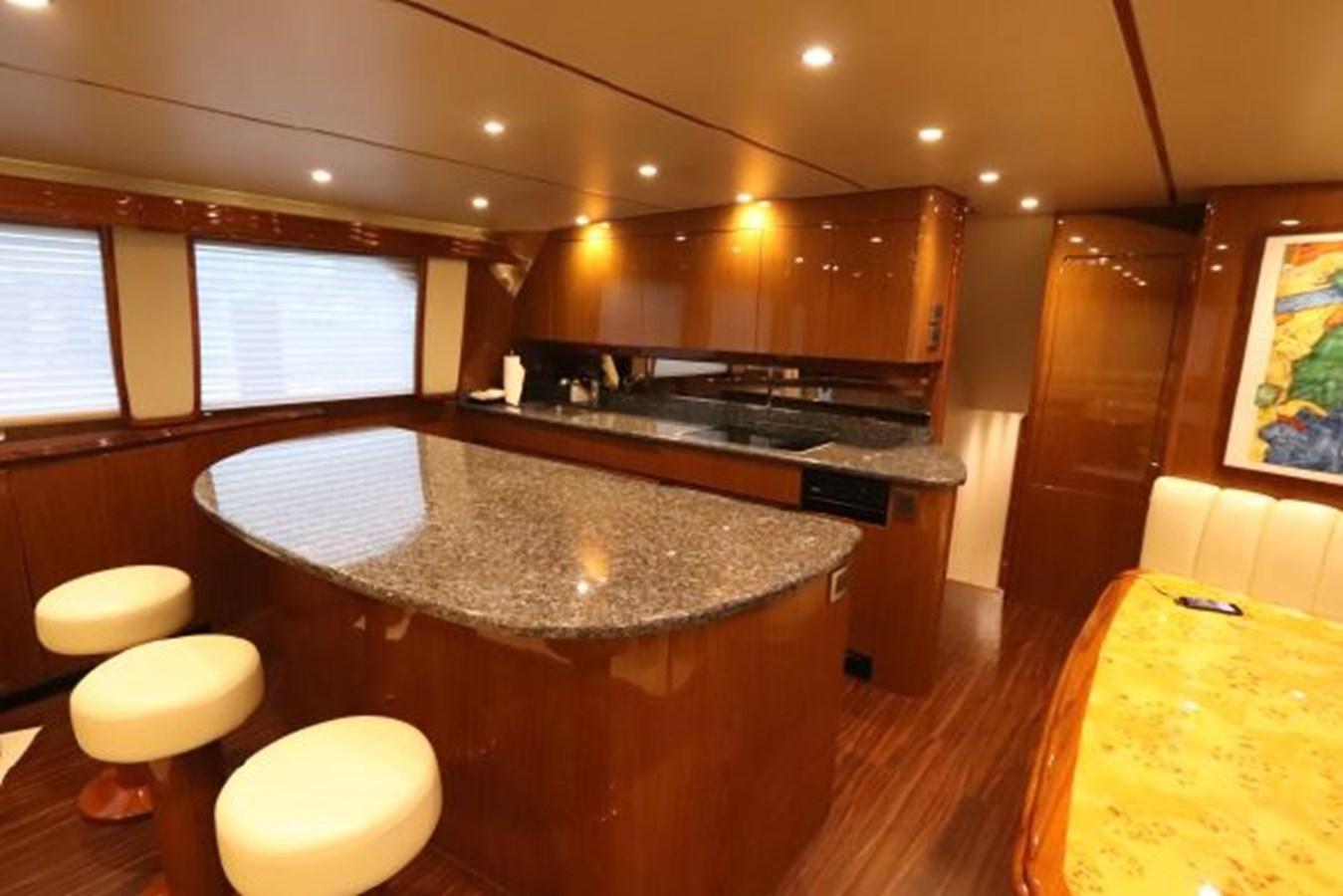 5479666_20190321074932167_1_XLARGE 2011 VIKING  Motor Yacht 2897395