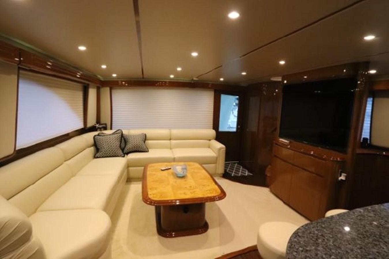 5479666_20190321074946001_1_XLARGE 2011 VIKING  Motor Yacht 2897396