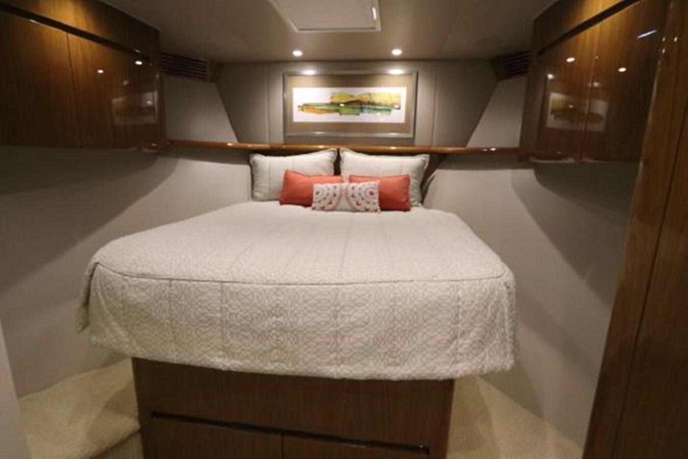 5479666_20190321075007196_1_XLARGE 2011 VIKING  Motor Yacht 2897406