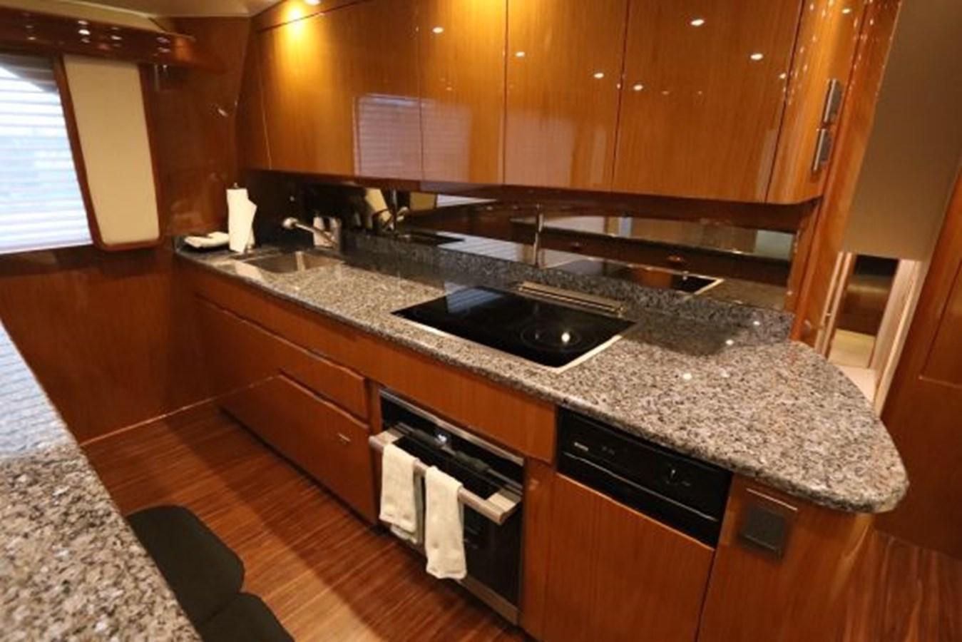 5479666_20190321075015761_1_XLARGE 2011 VIKING  Motor Yacht 2897410