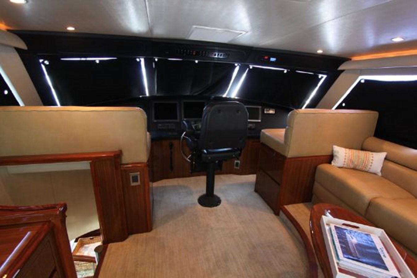 rd12 2010 VIKING  Motor Yacht 2897504