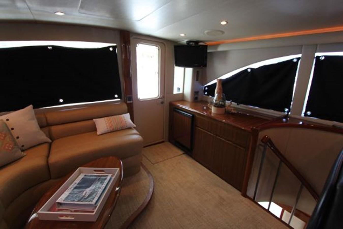 rd14 2010 VIKING  Motor Yacht 2897506