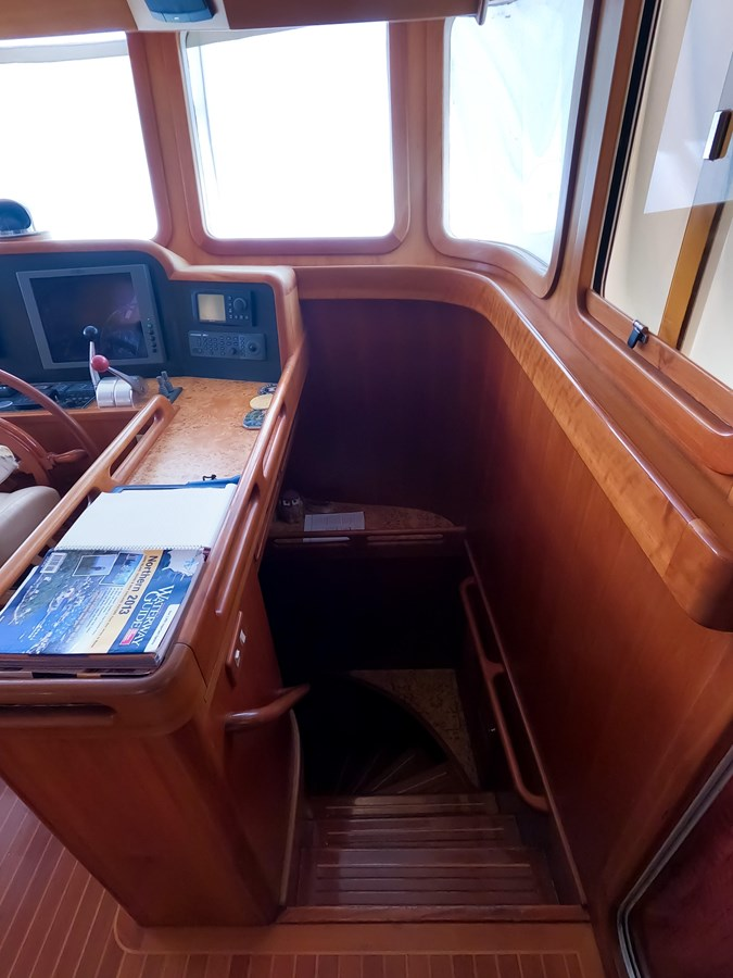 24 2006 SELENE  Trawler 2898300
