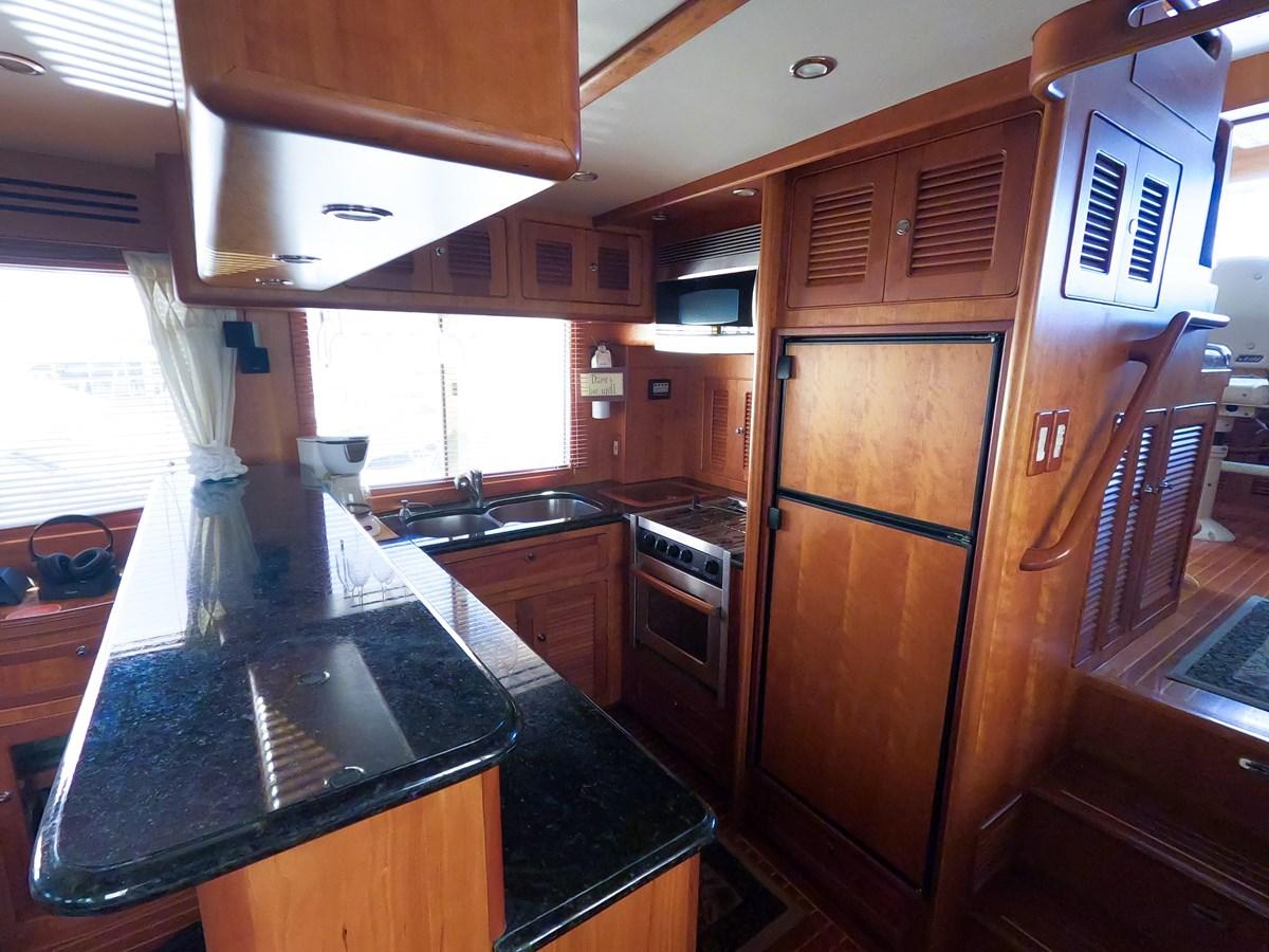 33 2006 SELENE  Trawler 2898309