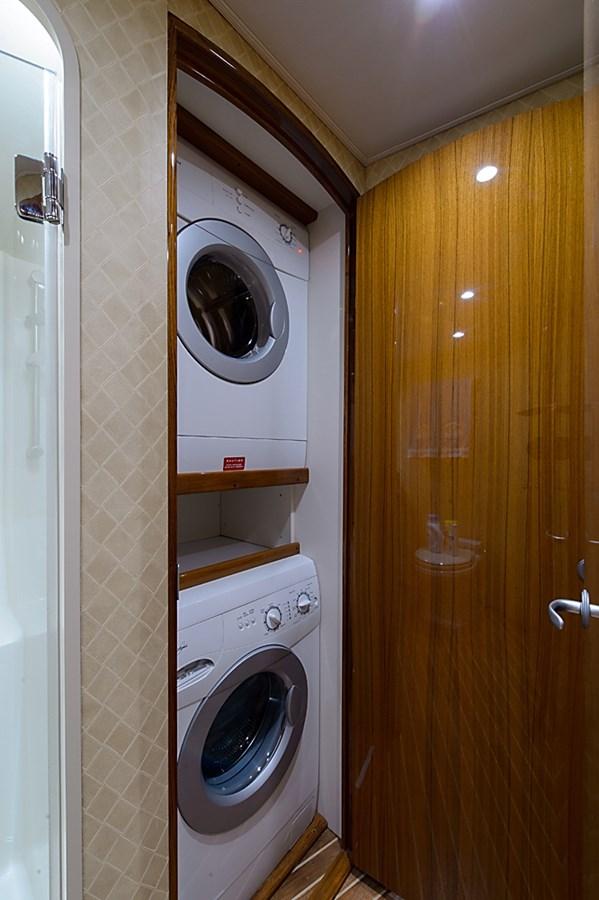 Laundry Center 2007 VIKING Convertible Sport Fisherman 2900757