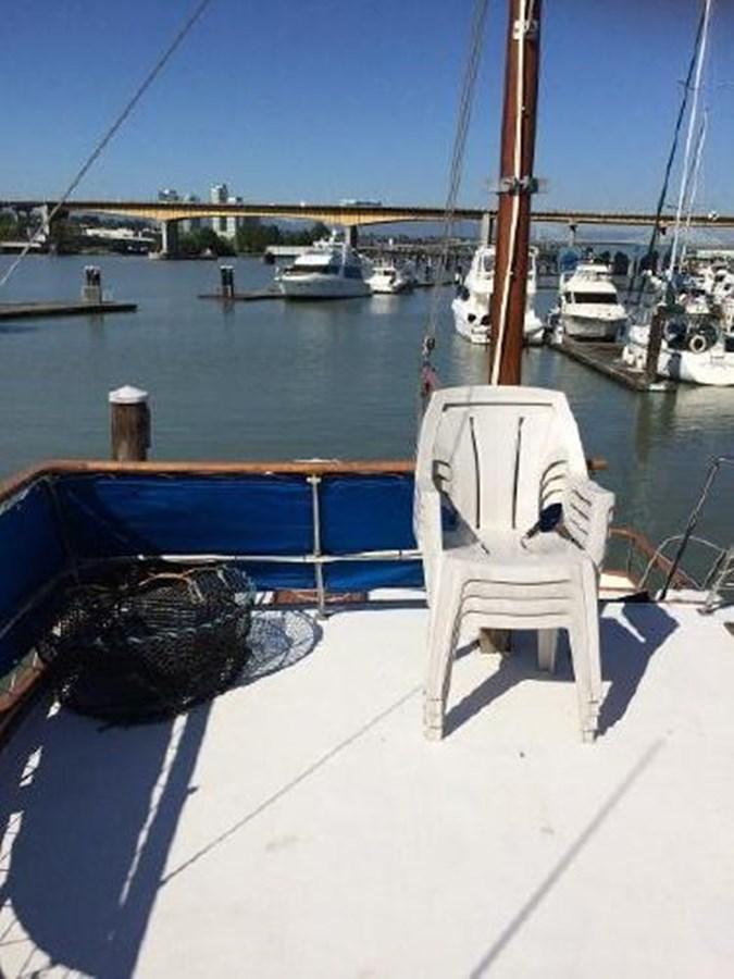 Aft Deck 1977 DEFEVER Aft-Cabin Trawler 2917500
