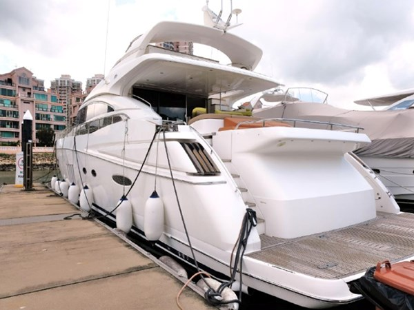 PRINCESS YACHTS PRINCESS V85 Yacht for Sale