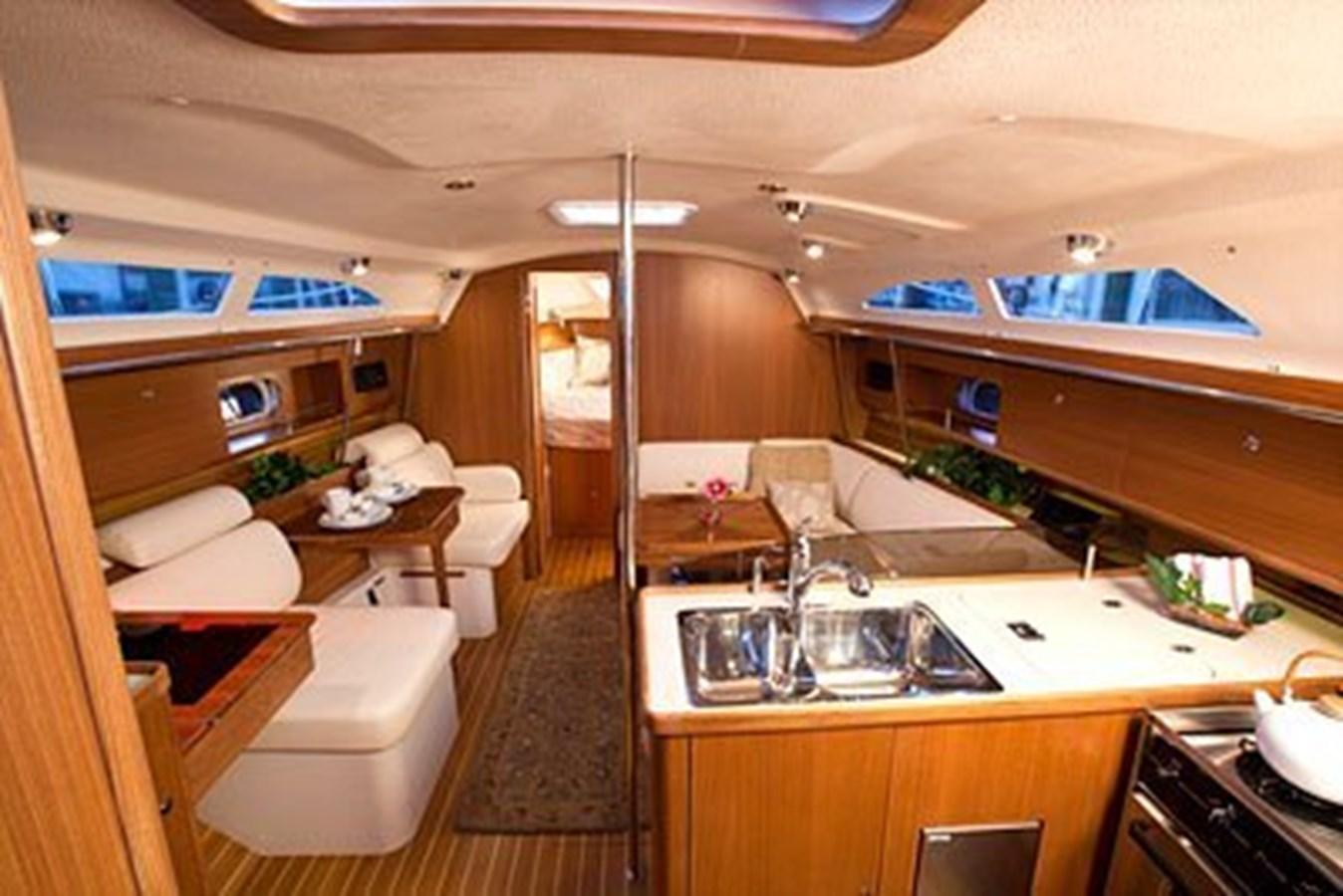 Interior 2020 CATALINA  Sloop 2920870