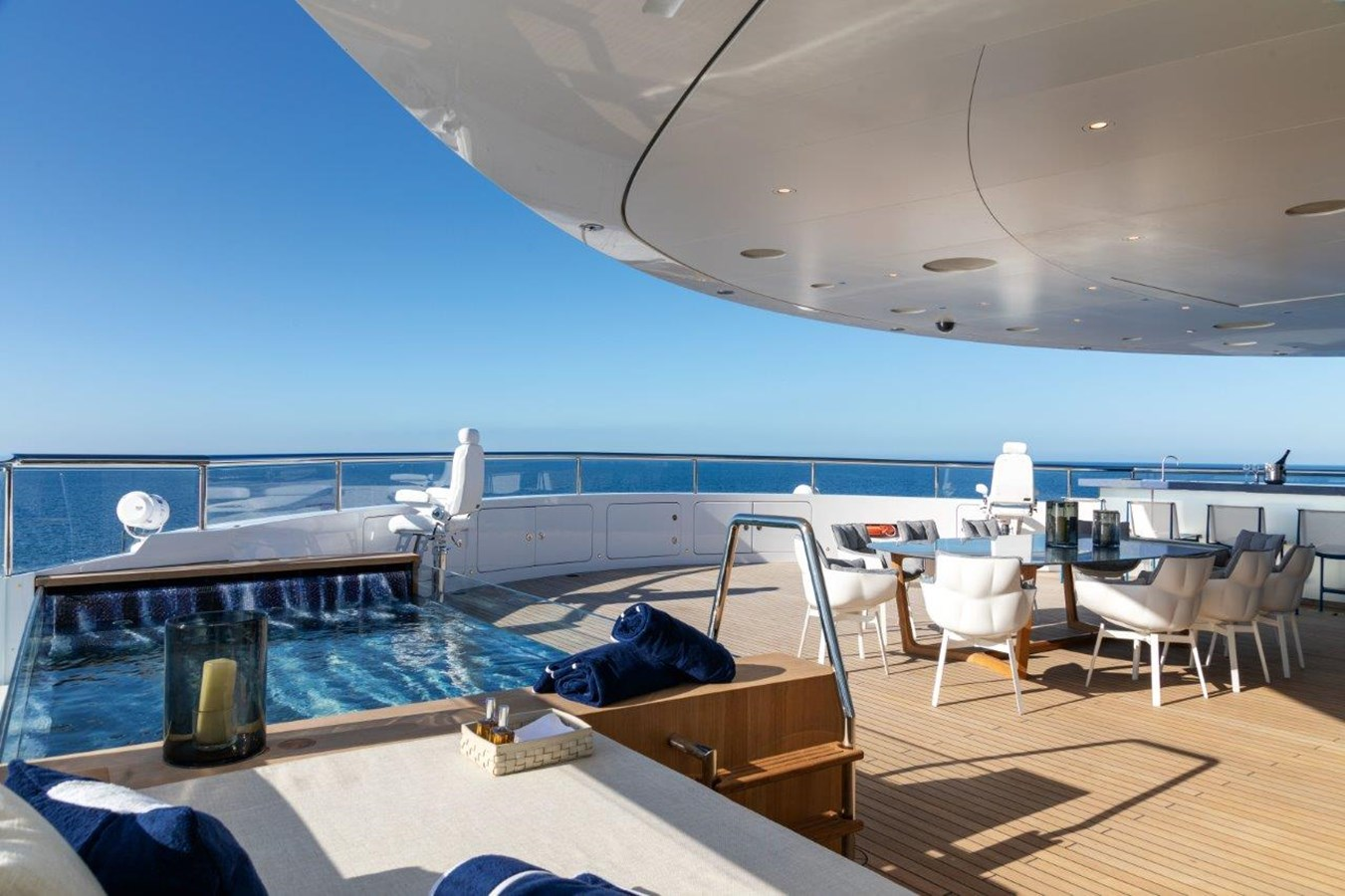 Sundeck Forward With Whirlpool, Dining And Bar  2020 BENETTI Displacement Motor Yacht Motor Yacht 2918048
