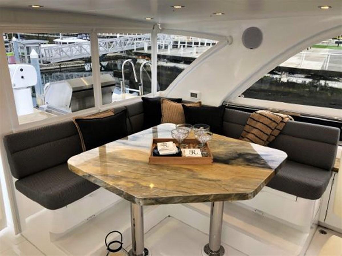 Bridge Dining 2020 REGENCY  Motor Yacht 2912720