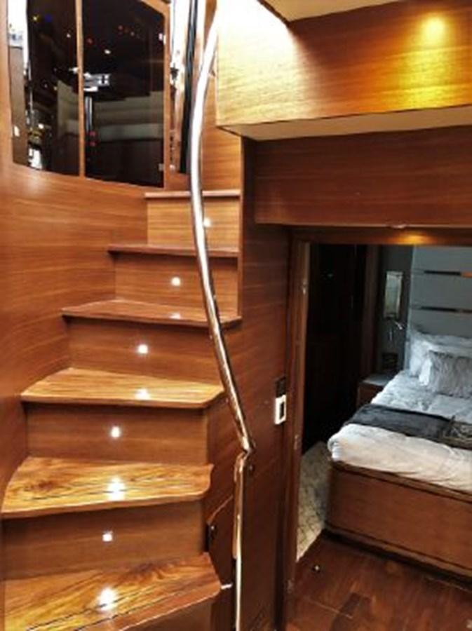 Companionway 2020 REGENCY  Motor Yacht 2912728