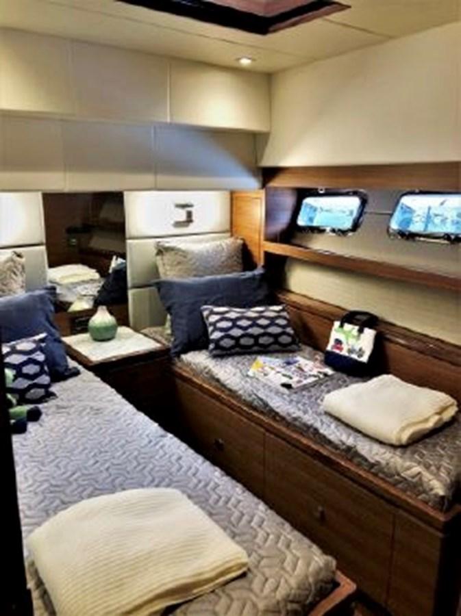 Port Guest Stateroom 2020 REGENCY  Motor Yacht 2912733
