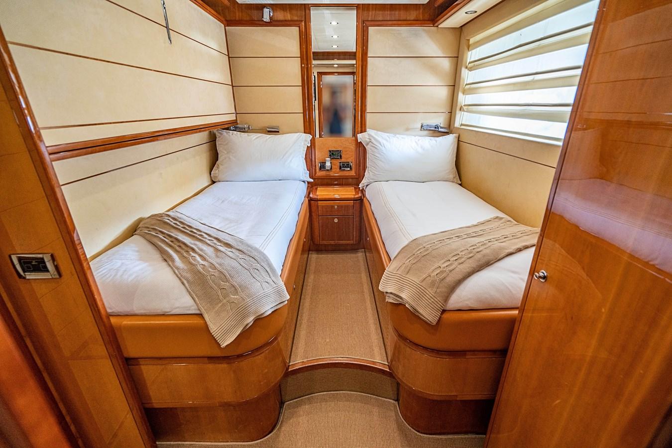 DSC01604 2006 FERRETTI YACHTS  Motor Yacht 2921342