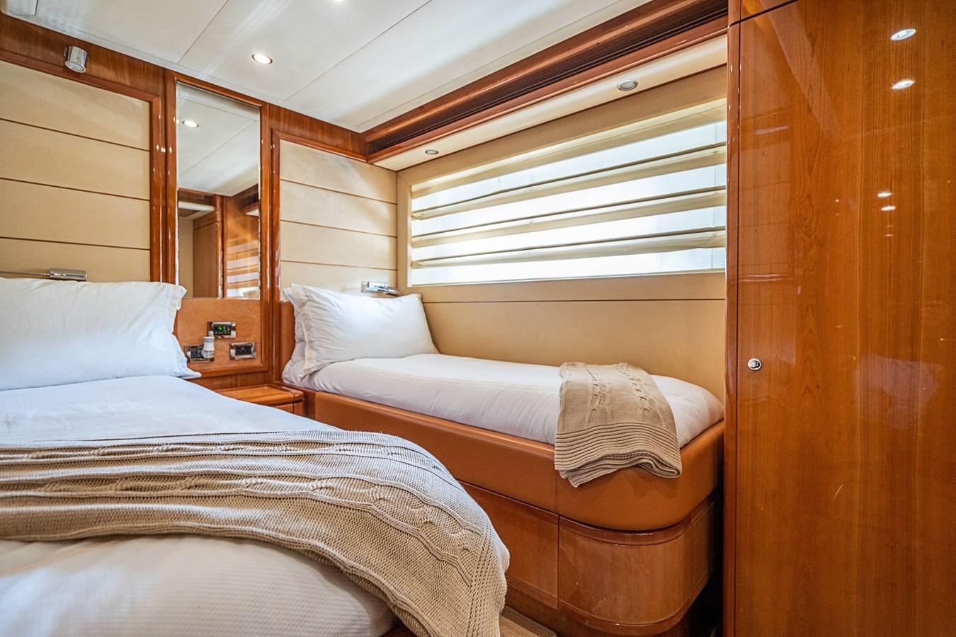 DSC01601 2006 FERRETTI YACHTS  Motor Yacht 2921345