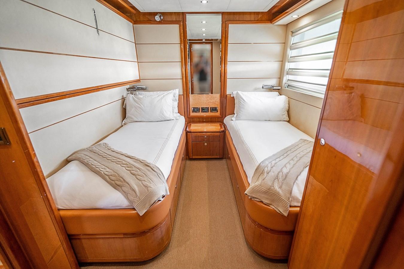 DSC01621 2006 FERRETTI YACHTS  Motor Yacht 2921462