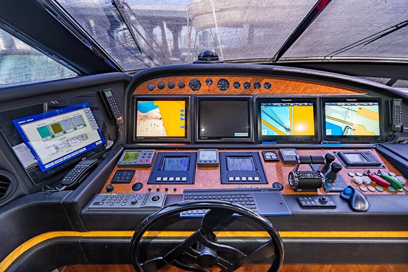 DSC01568-HDR 2006 FERRETTI YACHTS  Motor Yacht 2921499