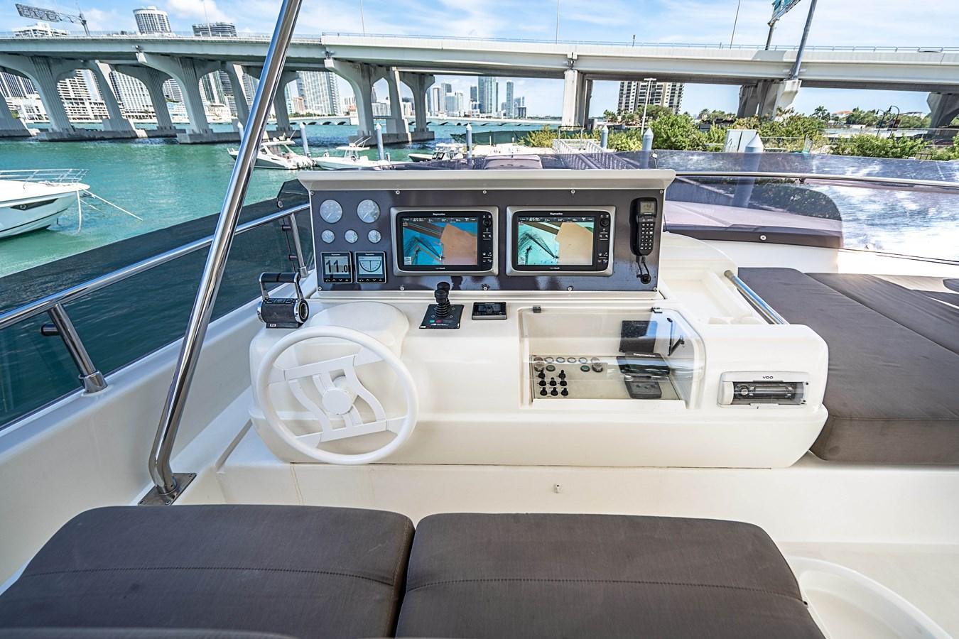 DSC01668 2006 FERRETTI YACHTS  Motor Yacht 2921594