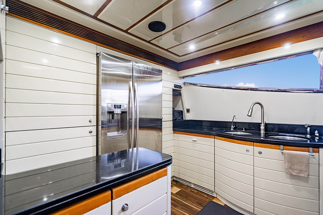 DSC01557 2006 FERRETTI YACHTS  Motor Yacht 2921672