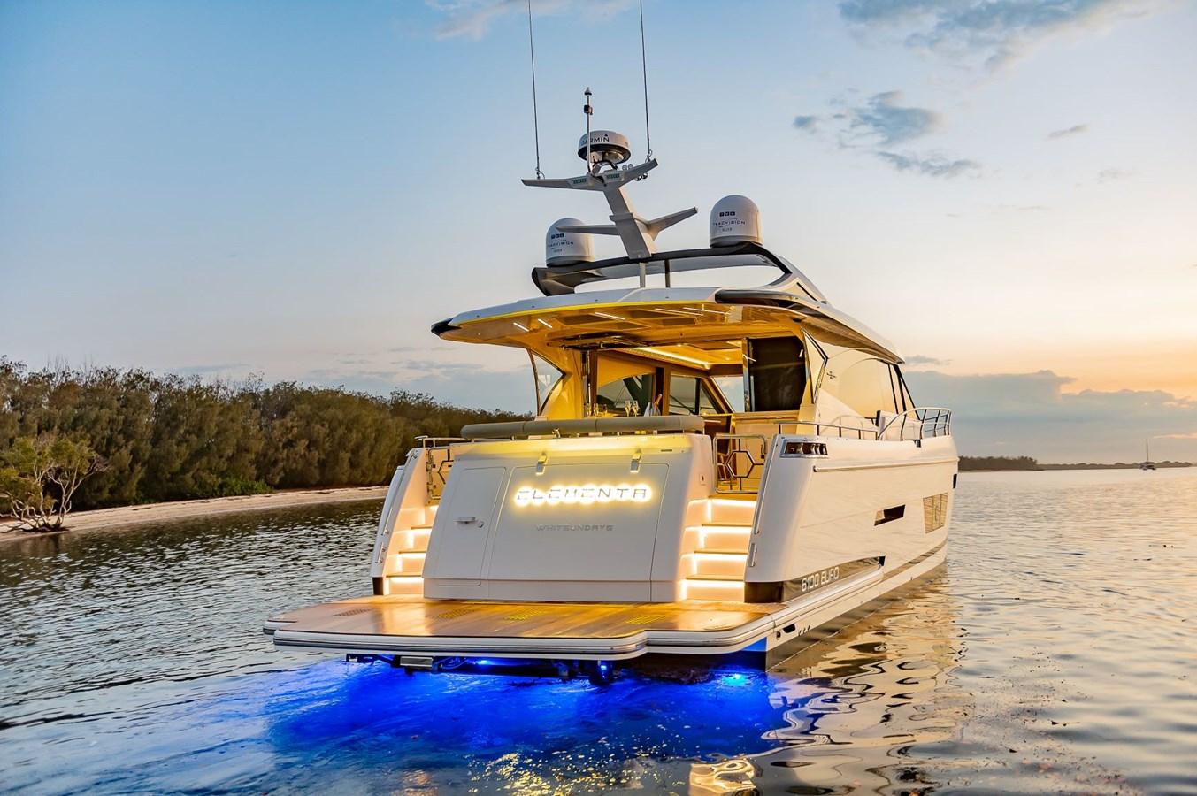 Transom 2020   Motor Yacht 2916158