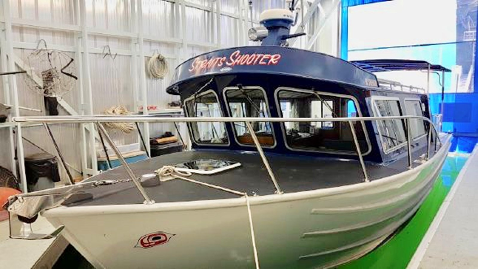 In Shed 2002 COASTAL CRAFT 320 Sport Fisherman 2916897