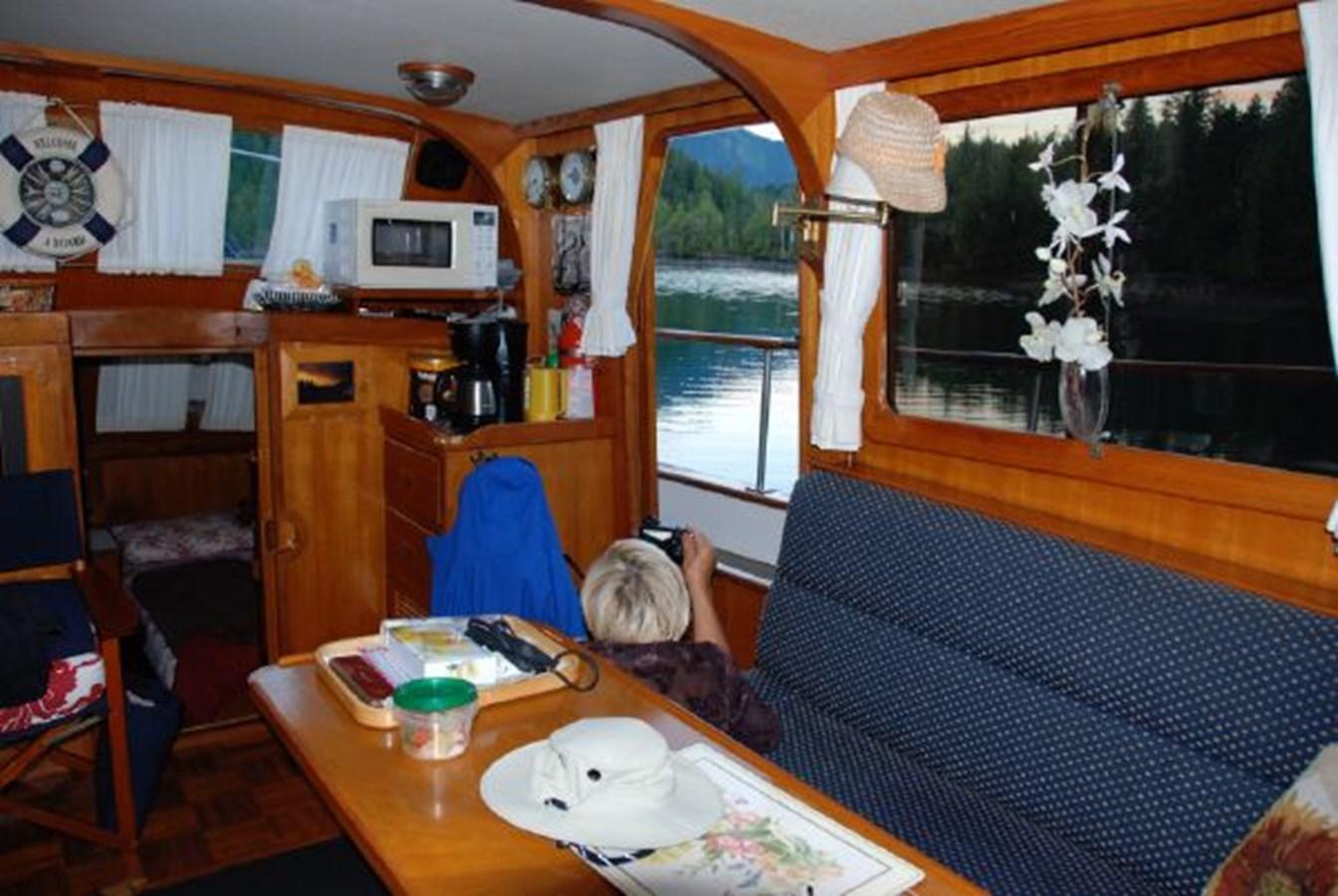 Dinette 1981 GRAND MARINER  Trawler 2921817