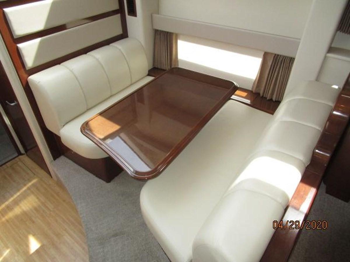 "48 2007 CARVER ""47"" CMPY Motor Yacht 2927362"
