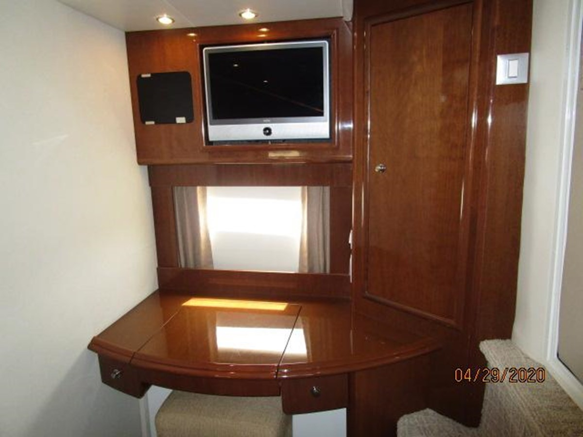 "54 2007 CARVER ""47"" CMPY Motor Yacht 2927368"