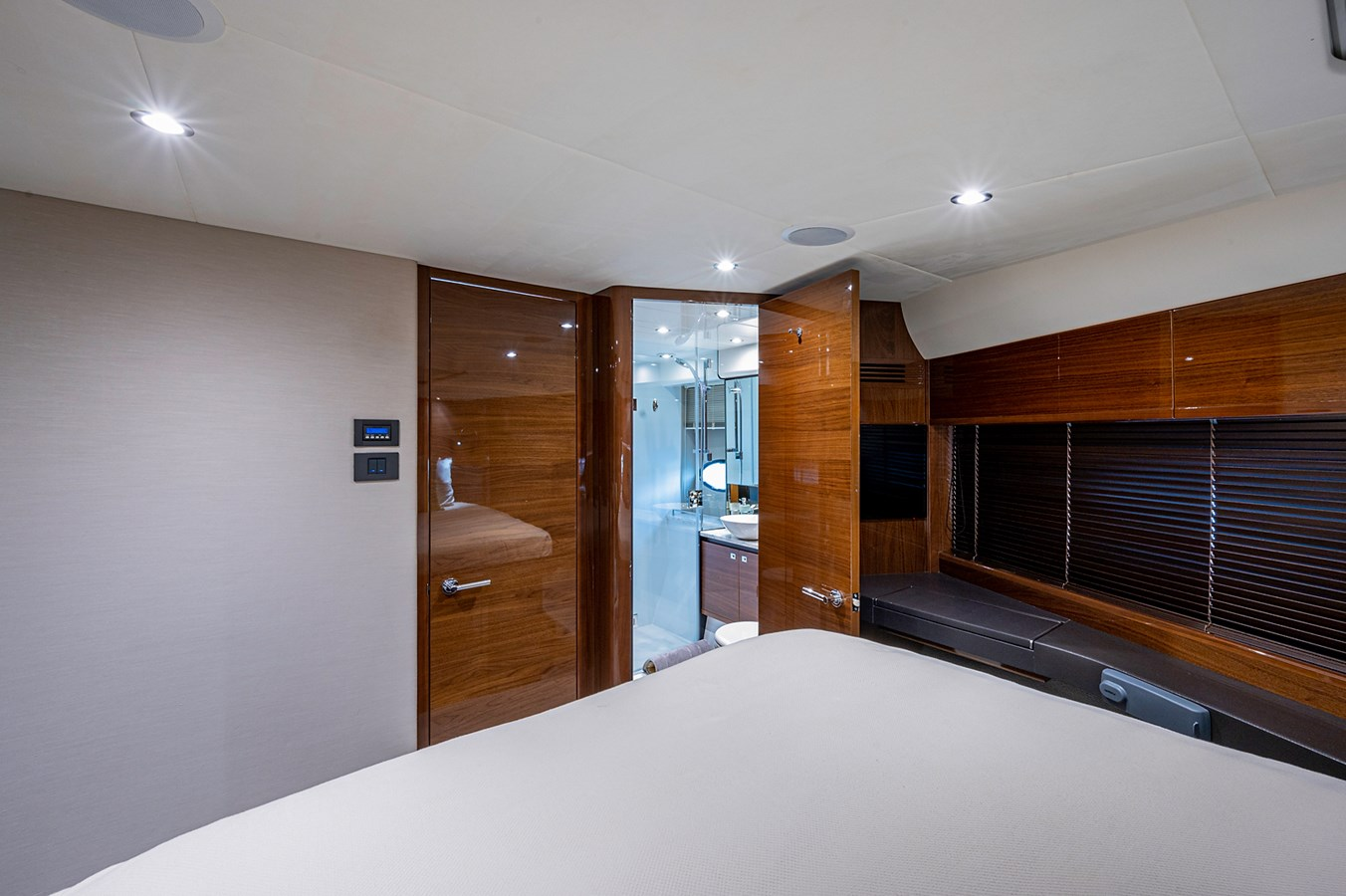 Bow To Stern_Forward Stateroom6 2015 PRINCESS YACHTS 56 Motor Yacht 2932823