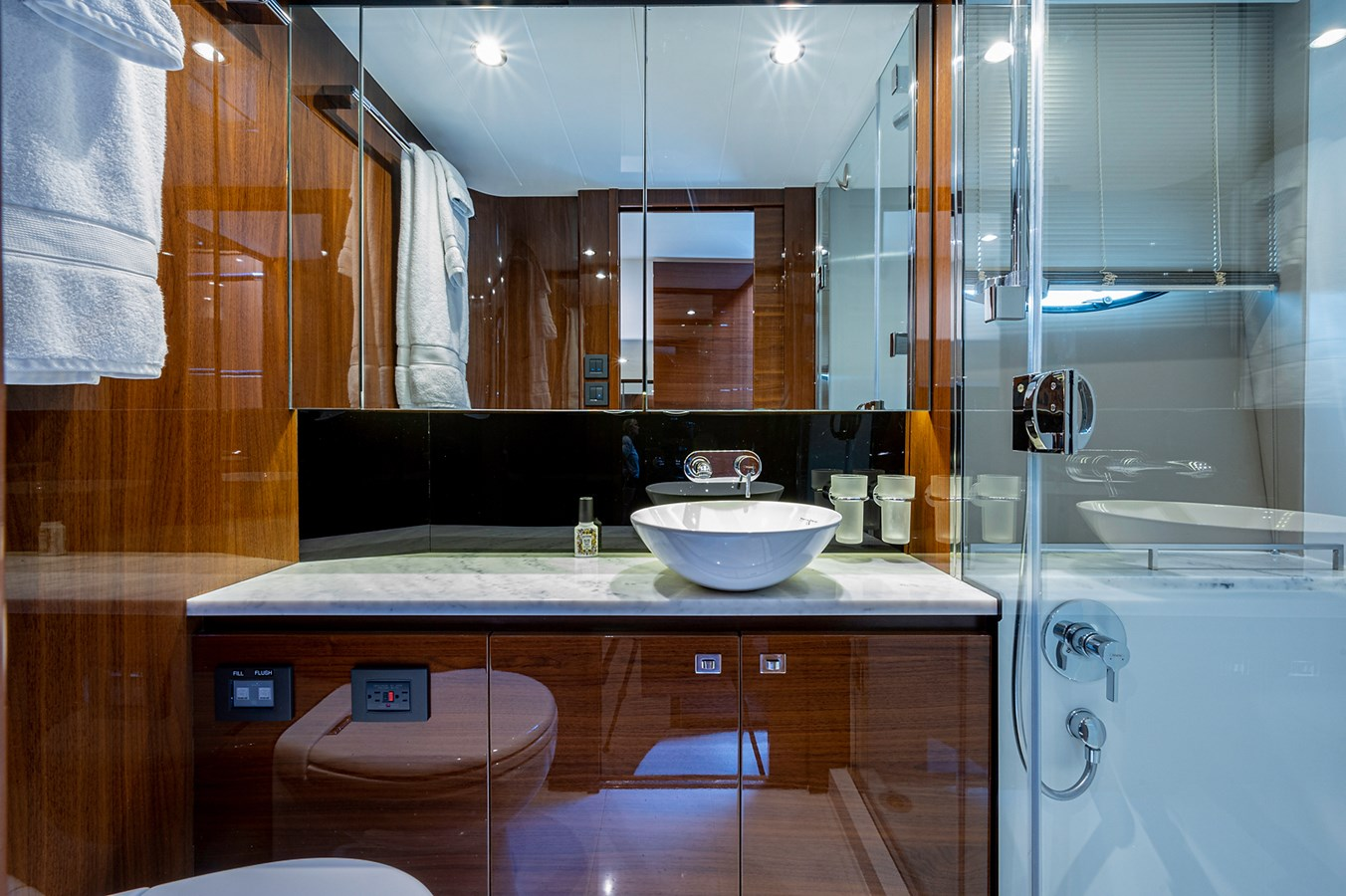 Bow To Stern_Master Head1 2015 PRINCESS YACHTS 56 Motor Yacht 2932833