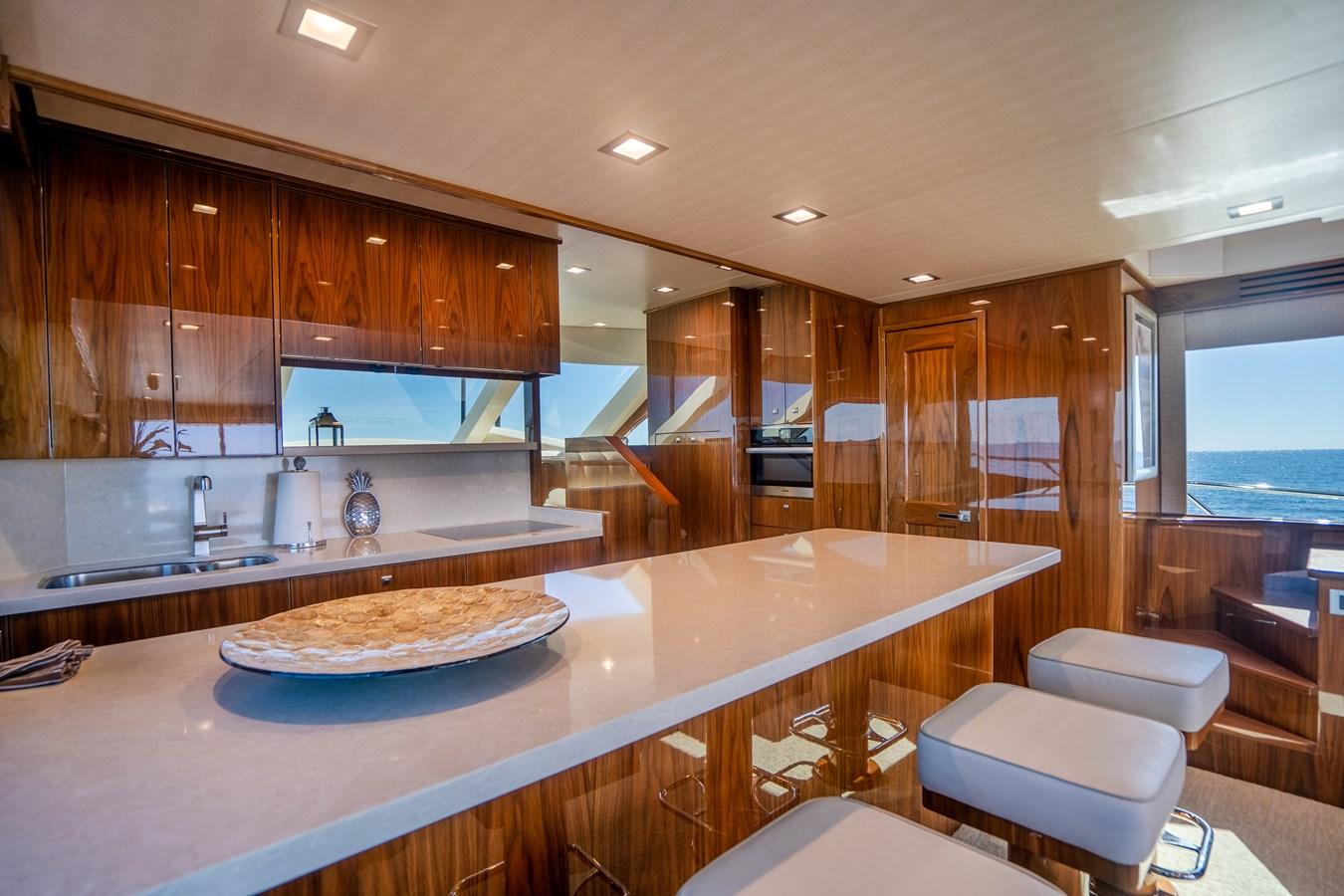 Galley 2018 VIKING  Motor Yacht 2937992