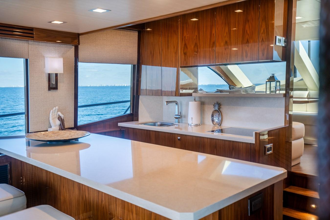Galley 2018 VIKING  Motor Yacht 2937996
