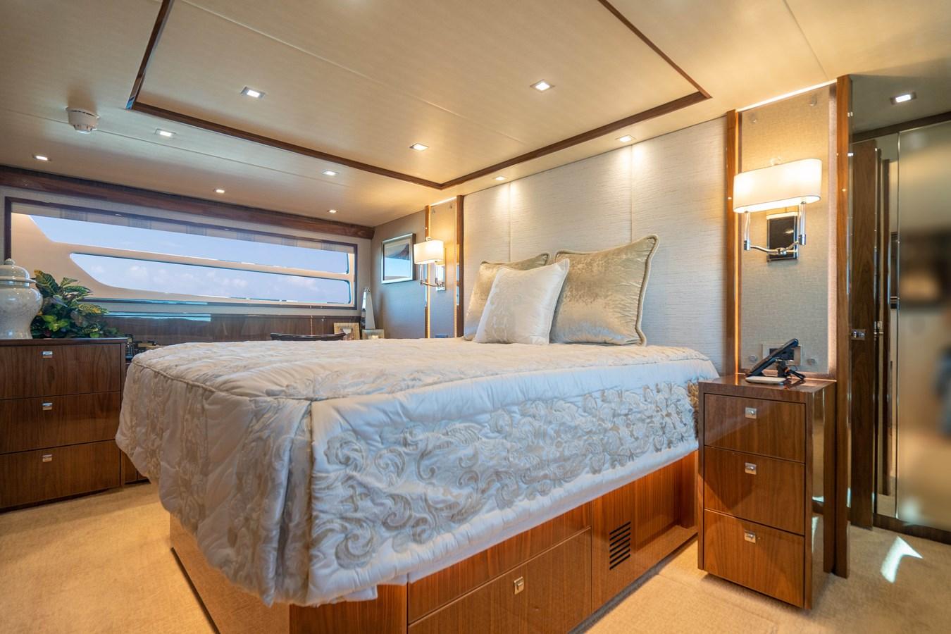 Master Stateroom (3) 2018 VIKING  Motor Yacht 2937999