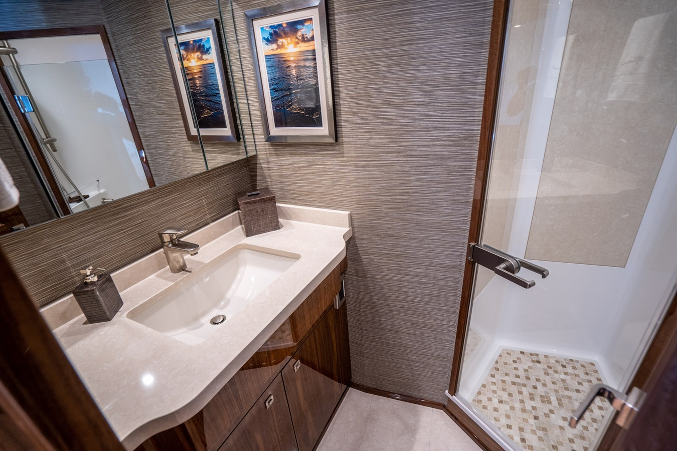Port Guest Stateroom Head 2018 VIKING  Motor Yacht 2938010