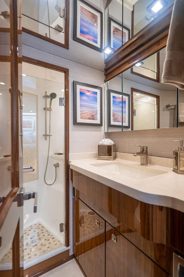 VIP Stateroom, Forward Head 2018 VIKING  Motor Yacht 2938022