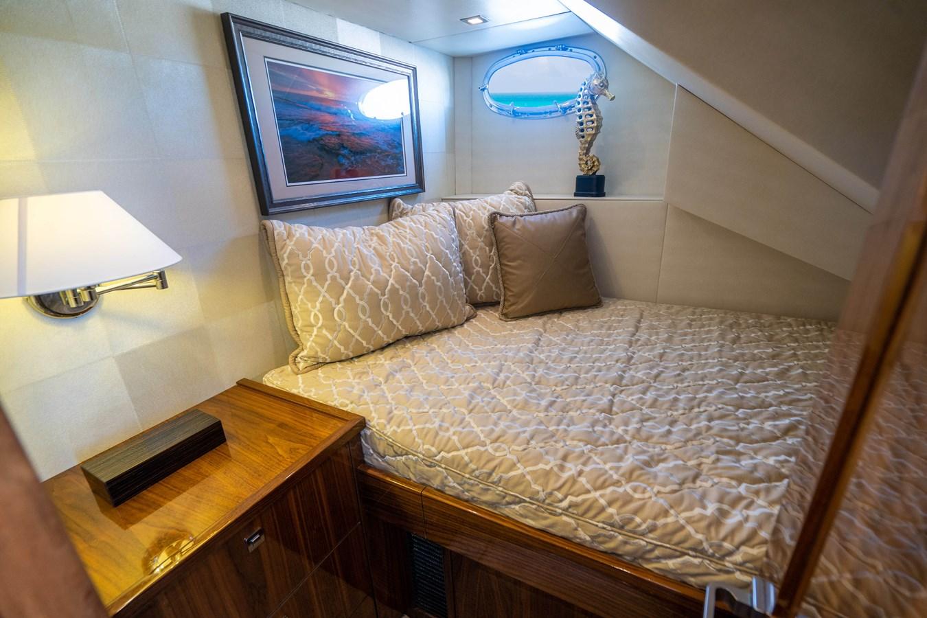 Crew Stateroom 2018 VIKING  Motor Yacht 2938025