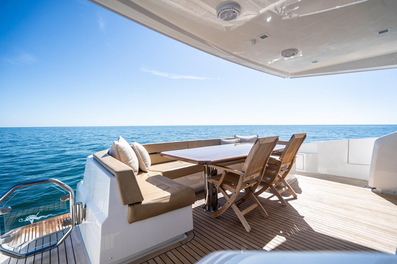 Aft Deck (9) 2018 VIKING  Motor Yacht 2938062
