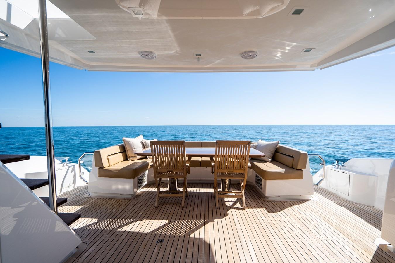 Aft Deck 2018 VIKING  Motor Yacht 2938064