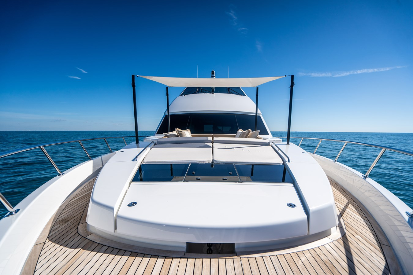 Fore Deck 2018 VIKING  Motor Yacht 2938069