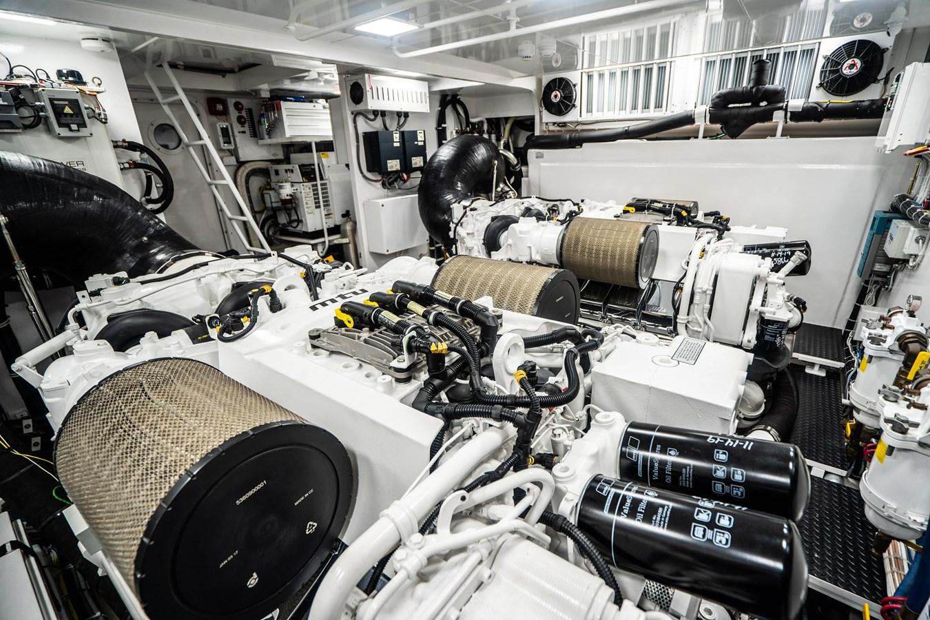 Engine Room 2018 VIKING  Motor Yacht 2938085
