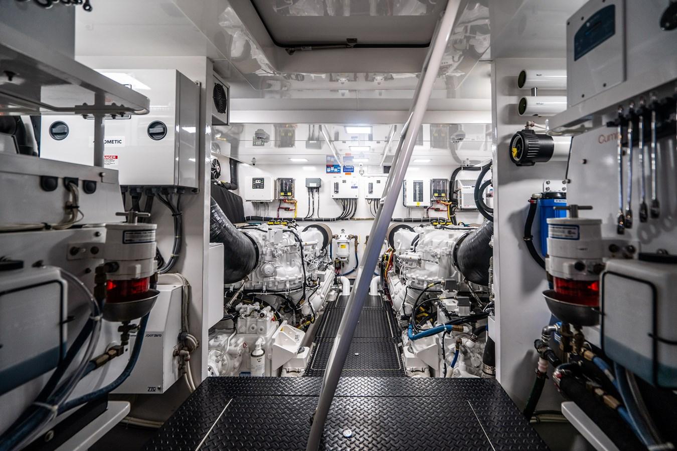 Engine Room 2018 VIKING  Motor Yacht 2938087