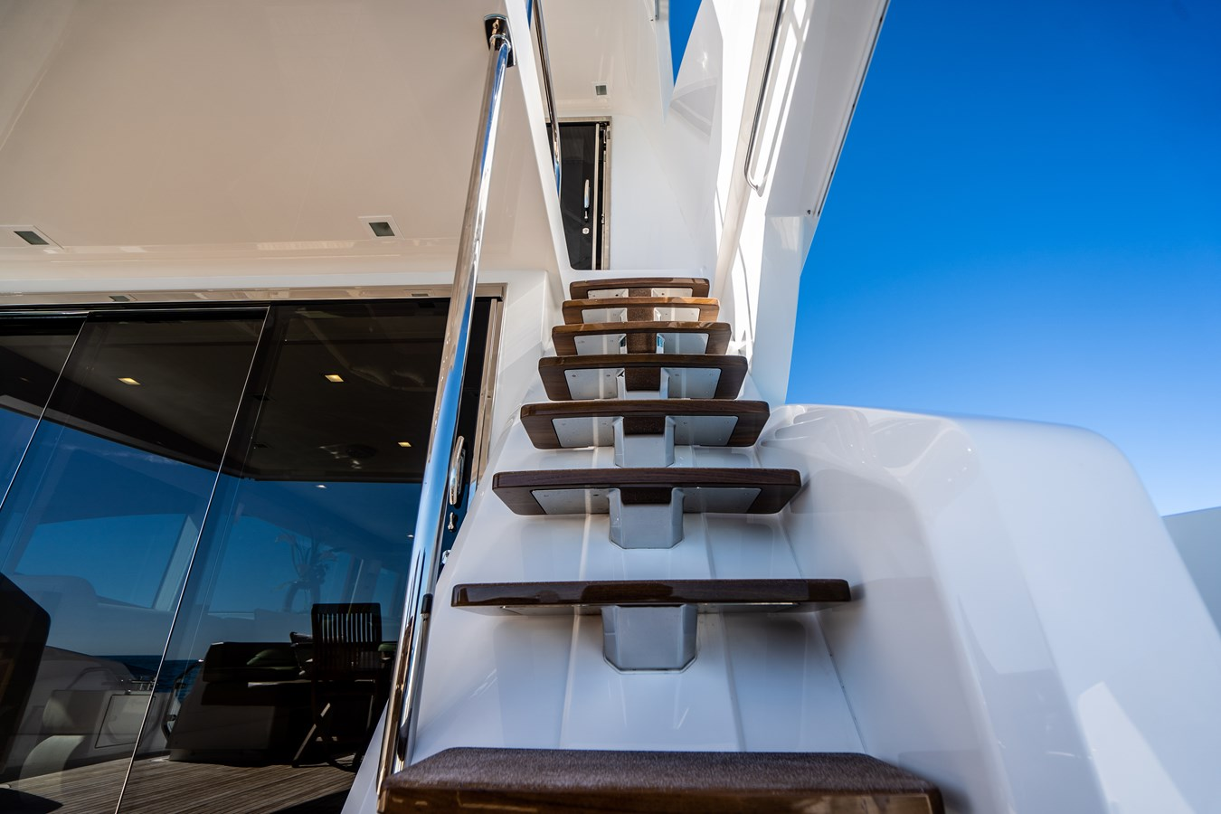Stairs to the Helm Aft Deck 2018 VIKING  Motor Yacht 2938102