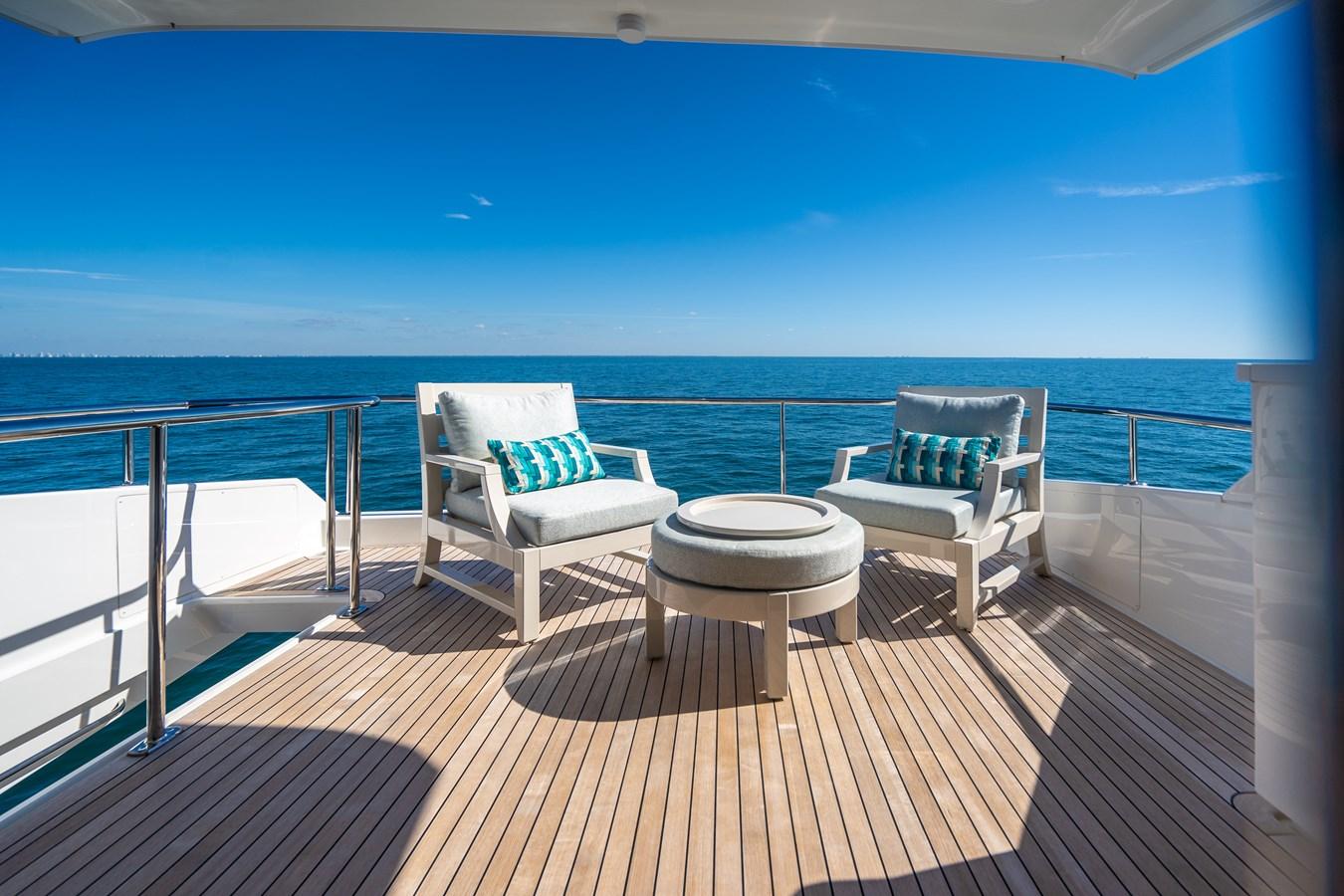Upper Aft Deck 2018 VIKING  Motor Yacht 2938107