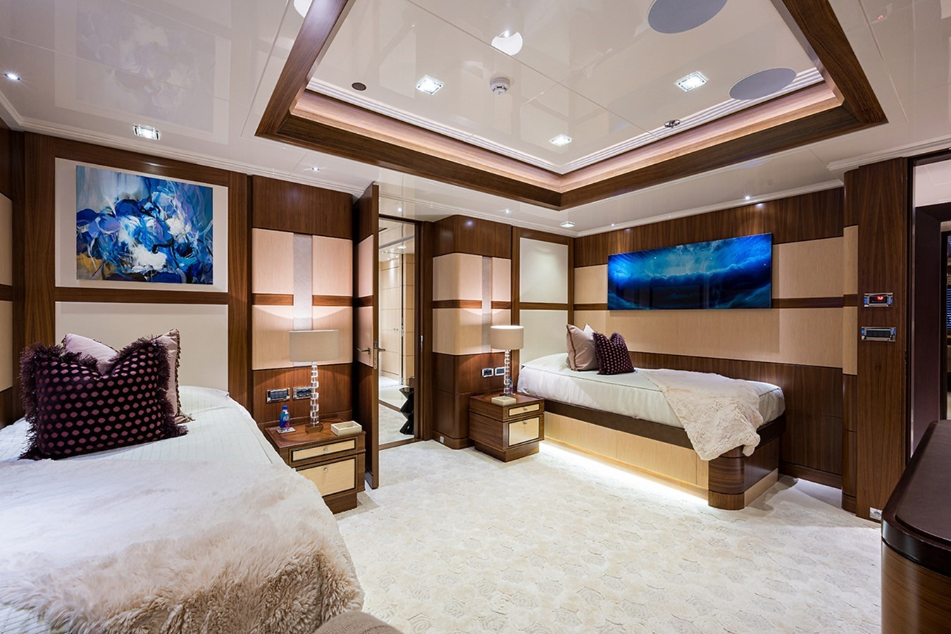 Quantum of Solace_guest_cabin_2_4 2012 TURQUOISE YACHTS  Mega Yacht 2939326