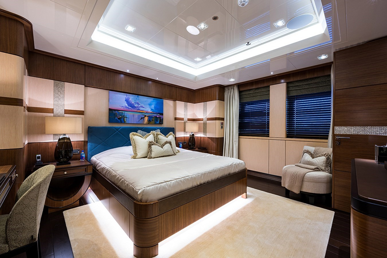 Quantum of Solace_guest_cabin_3_2 2012 TURQUOISE YACHTS  Mega Yacht 2939327