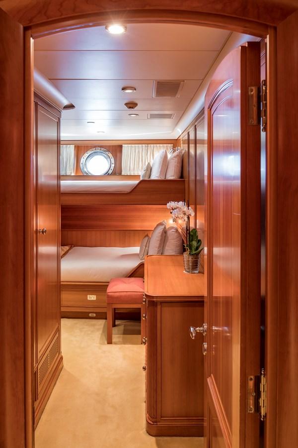 2004 PERINI NAVI  Cruising Ketch 2943021