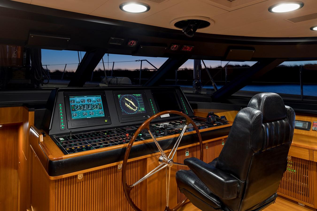 2004 PERINI NAVI  Cruising Ketch 2943039