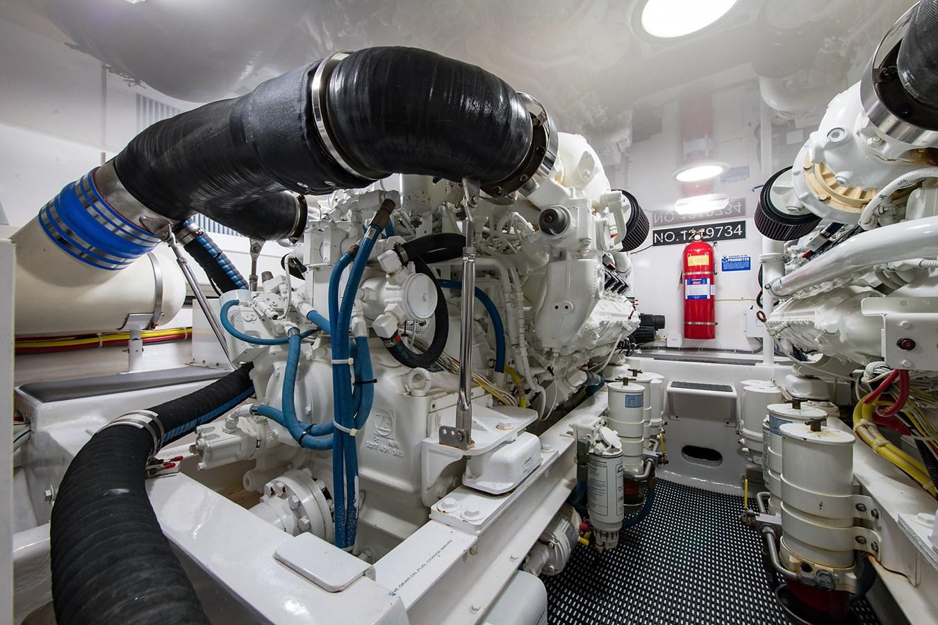 Orion_Engine Room3 2009 VIKING 50 Convertible Sport Fisherman 2941805