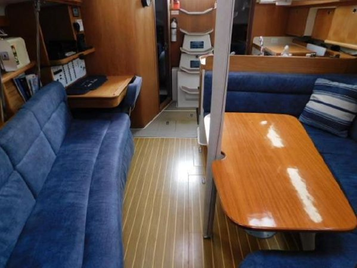 6 1998 CATALINA 380 Cruising Sailboat 2947713